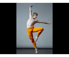 Jeunes #comédiens #danseurs ballet classique pour le tournage d'une série TV #Paris